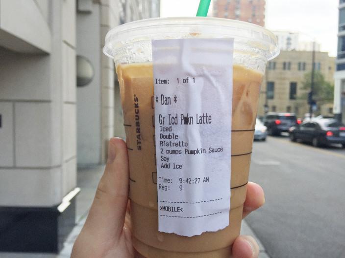 Starbucks победит очереди с помощью приложения