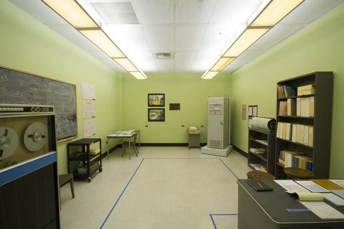 Комната, в которой изобрели интернет