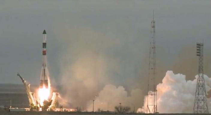 Почти все запуски ракет 2015 года